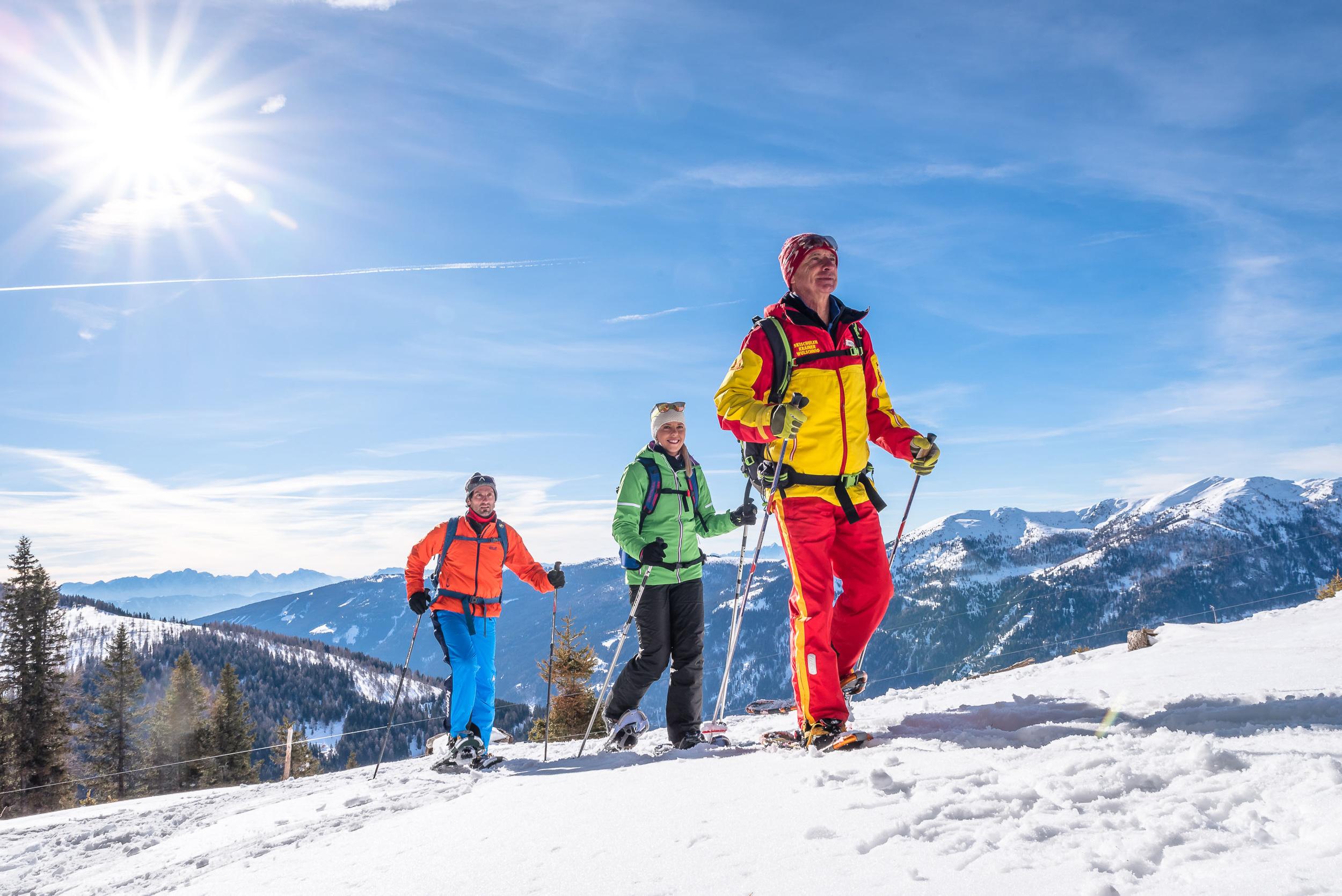Schneeschuhwandern durch die Winterlandschaft in Bad Kleinkirchheim in Kärnten